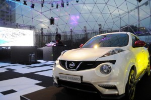 Exodome-dome-rent-Bologna-auto-show-Nissan-ministry-of-sound-pvc-structure-13-1030x684